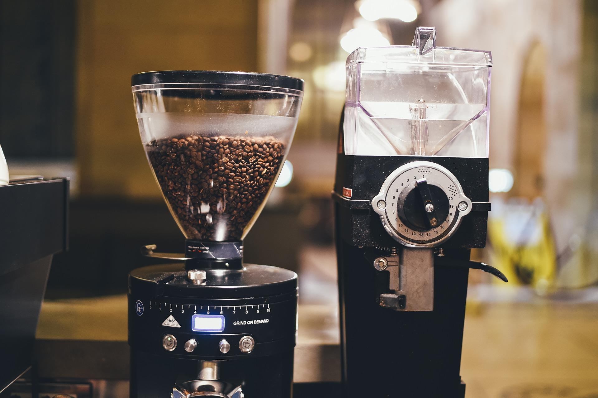 ekspres do kawy z młynkiem
