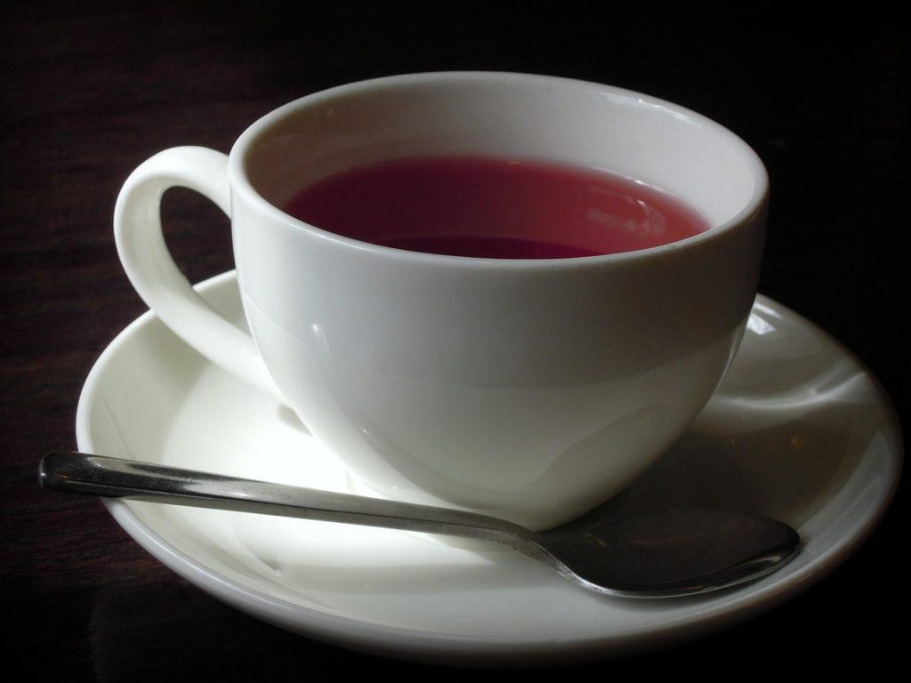 ekspres do kawy i herbata